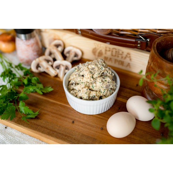 Pasta jajeczna z pieczarkami