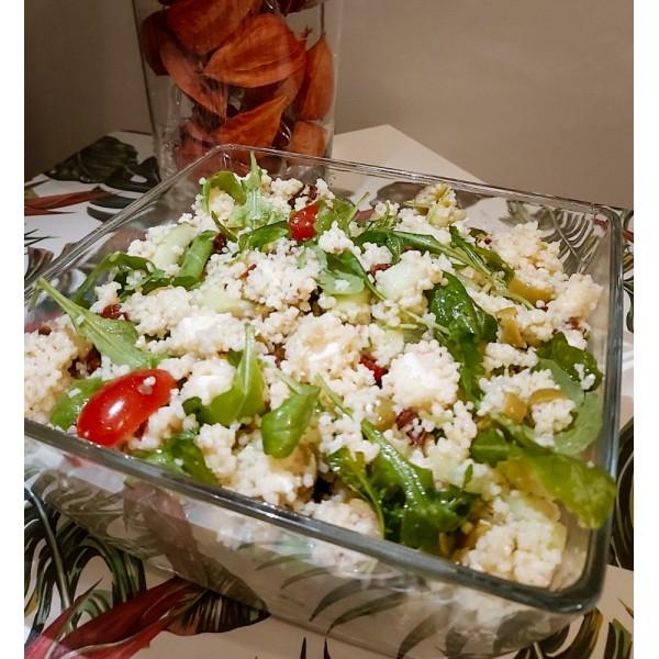 Sałatka z kaszy kuskus z warzywami