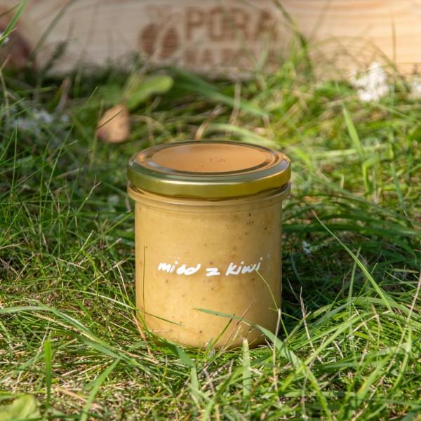 Miód z kiwi z pasieki wędrownej