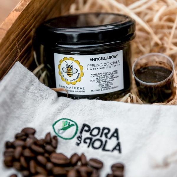 Antycellulitowy kawowy peeling do ciała z woskiem pszczelim