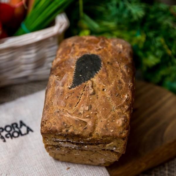 Chleb domowy żytni z pokrzywą od Pani Teresy