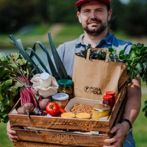 Artykuł w Forbes.pl o przyszłości rynku e-grocery